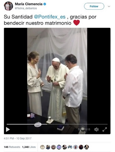 Bergoglio-bless-Adult-Union-Colombian-President-00